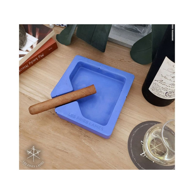 Les Fines Lames Ashtray for Cigars MONAD BLUE